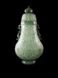 精細雕工玉瓶